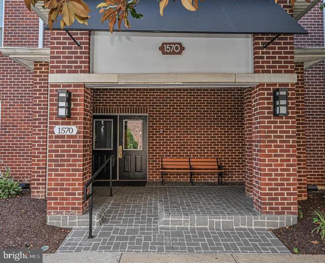 1570 Spring Gate #7203, McLean, VA 22102