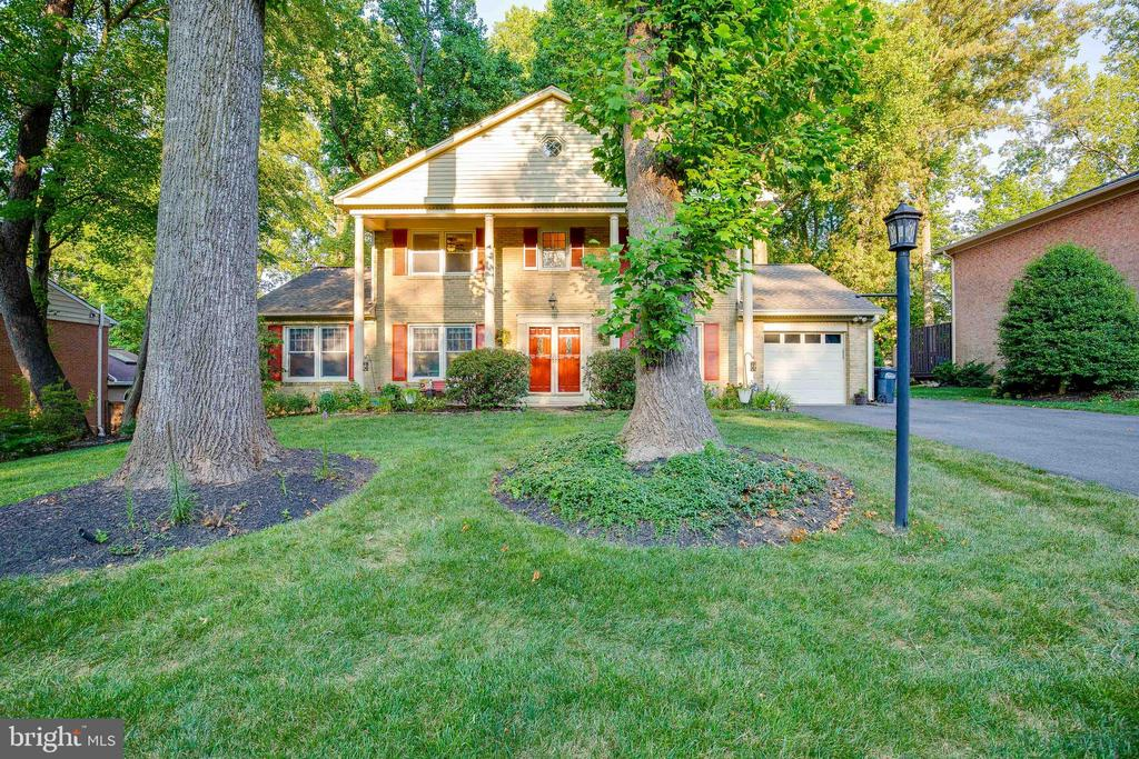 NO HOA! 1 HOUR NOTICE! Located in Mantua, this perfectly open home sits on a beautifully 1/3 acre landscaped lot located near the Vienna and Dunn Loring metro stations, convenient to I-495, the Mosaic District, and great biking/walking trails (Barkley Trail). This house has many features that make it a fantastic home: NEST system, ceramic and wood floors, sunroom leading to nice size deck with lots of outdoor privacy, updated open kitchen with eating area, open dining space for entertaining, basement w/new carpet (7/2021) that is freshly painted and has a  bedroom, full bath and private entrance from garage, family room w/ new carpet (7/2021) with large wood burning fireplace and wetbar.  Four bedrooms upstairs w/hardwood flooring, ample closet space, and much more.  Thompson Creek windows replaced (2020) Roof replaced (2012) Sunroom enclosed (2013) Master bath remodeled (2018) Guest bathroom convereted to shower (2021) Windows and siding replaced (2018) Basement bathroom remodeled (2021) A/C system with air purifer (2018) Garage door replaced (2020) Recessed lighting in dining/living room and basement (2017) Ceiling fans added in dining, living room, bedrooms, and family room (2017) Repaved driveway (2016) Kitchen remodeled-replaced countertops, facing on cabinets, cermaice tile (2016) Ceramic tile in foyer and powder room (2016) Animal blocker added to chimney (2018) Lovingly cared for and immaculately maintained with lots of added details that make this home truly one-of a kind. COVID PROTOCOL: MUST WEAR MASKS! ONE FAMILY AT A TIME!