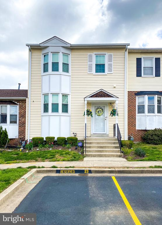 This home has a new fresh coat of paint around the whole house! Bring your imagination and tour this beautiful home and make it yours now! It is in walking distance of two shopping centers, near 200 and much more! Come tour this ample townhome today!
