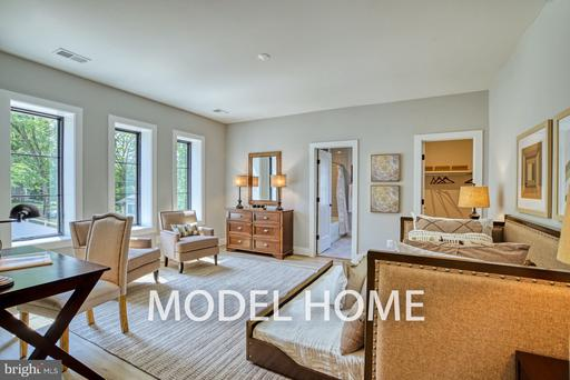 6805 Old Chesterbrook Mclean VA 22101
