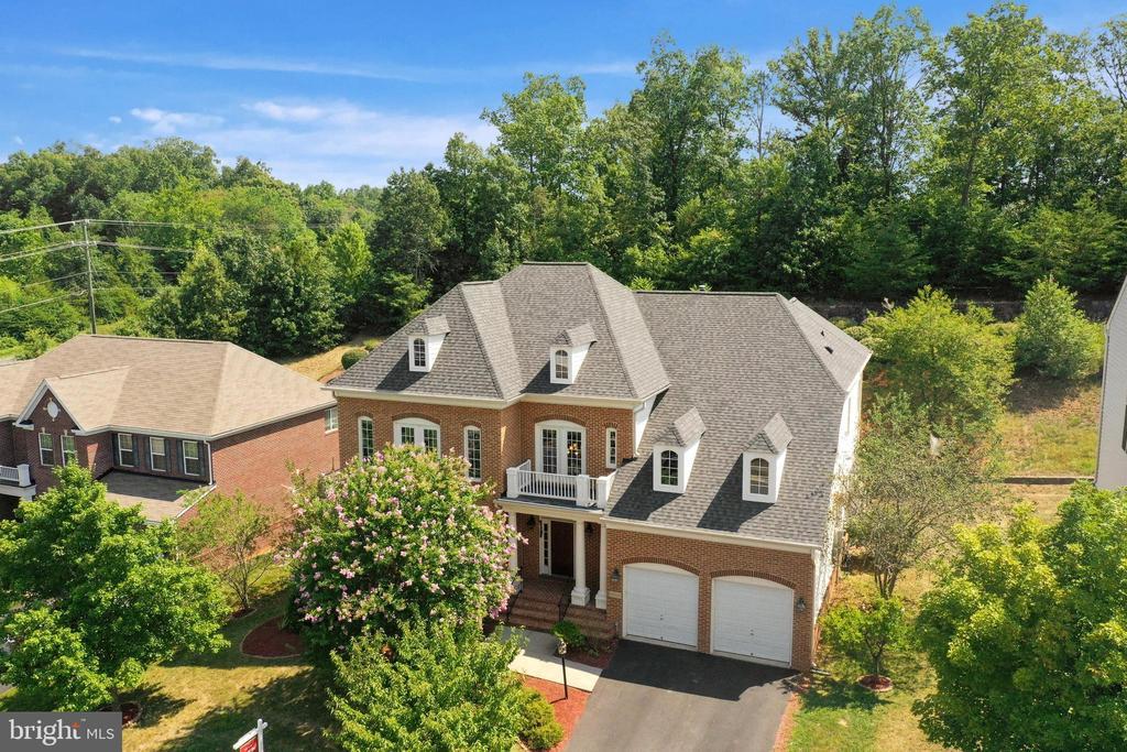 8005 Tysons Oaks Ct, Gainesville, VA 20155