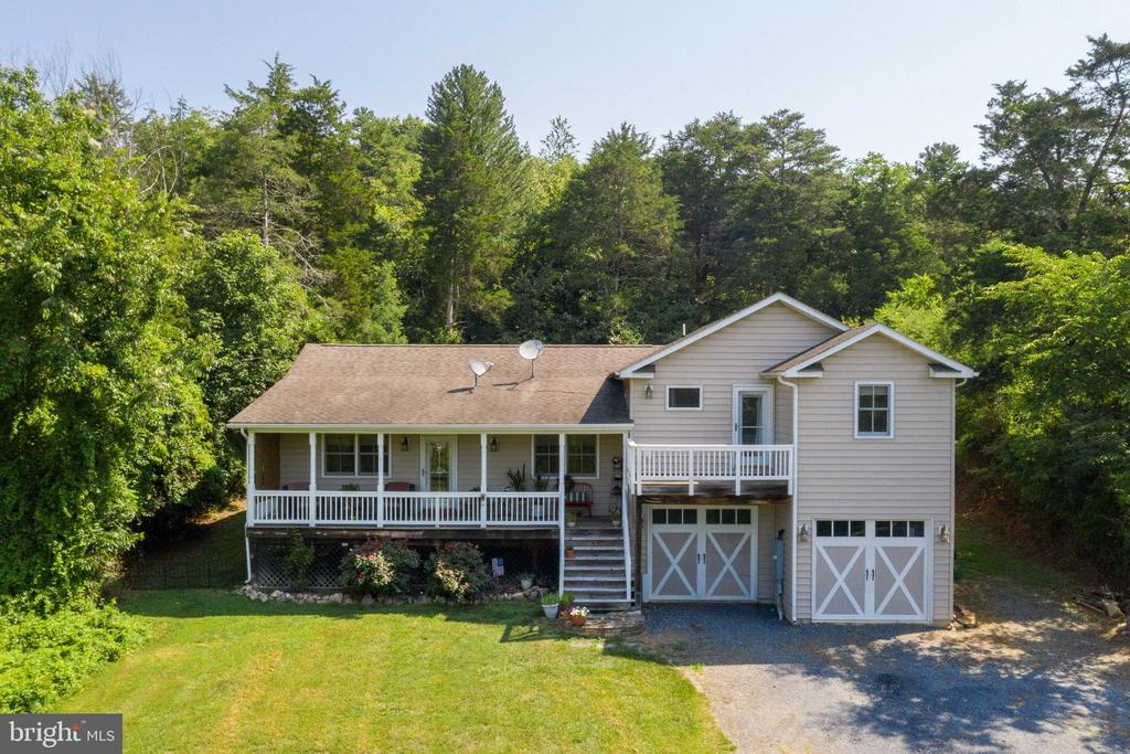 162 Lakes Valley Rd