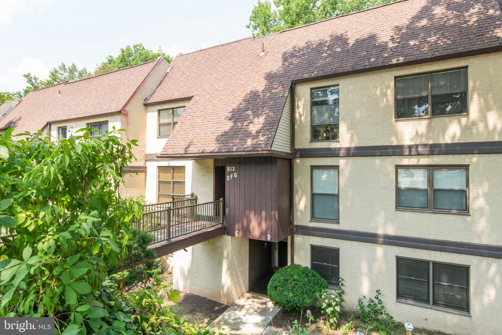 Welcome to Green Tree Run, a wonderful community with an indoor and outdoor pool and fitness center. Each unit has their own parking space and additional guest parking available. This 2 bedroom one bath ground level unit was freshy painted and has an updated kitchen, in unit Washer & Dryer, new stove & dishwasher, & granite counters. Enjoy the walkout access to your back patio surrounded by mature trees and vegetation. There is also a storage room off of the patio. All exterior maintenance is included in the monthly condo fee. Located just 15 minutes from Center City Philadelphia with plenty of access to public transportation. Minutes to the Ivy Ridge train station, Main Street Manayunk's boutiques, bars and restaurants, the TowPath and much more. Set up your appointment today.