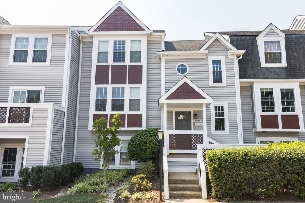 12934-B Grays Pointe Rd #12934b, Fairfax, VA 22033