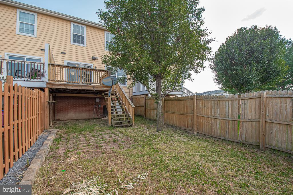 Photo of 120 Equestrian Dr