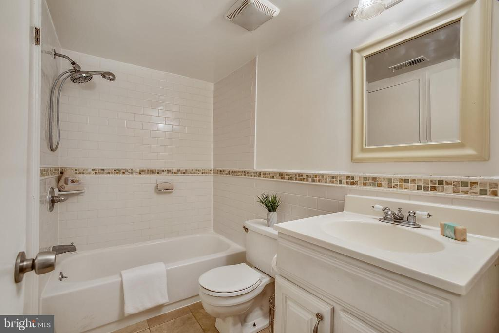 Photo of 3413 Lakeside View Dr #17-3