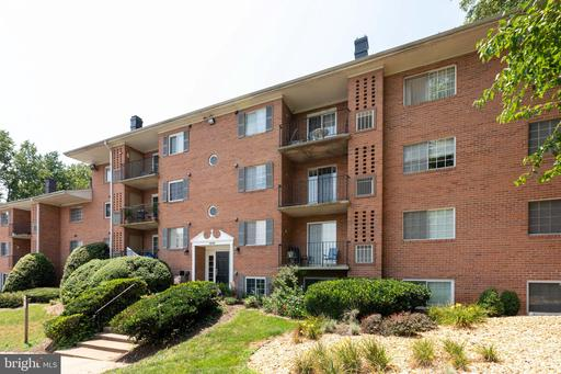 1543 Colonial Dr #203