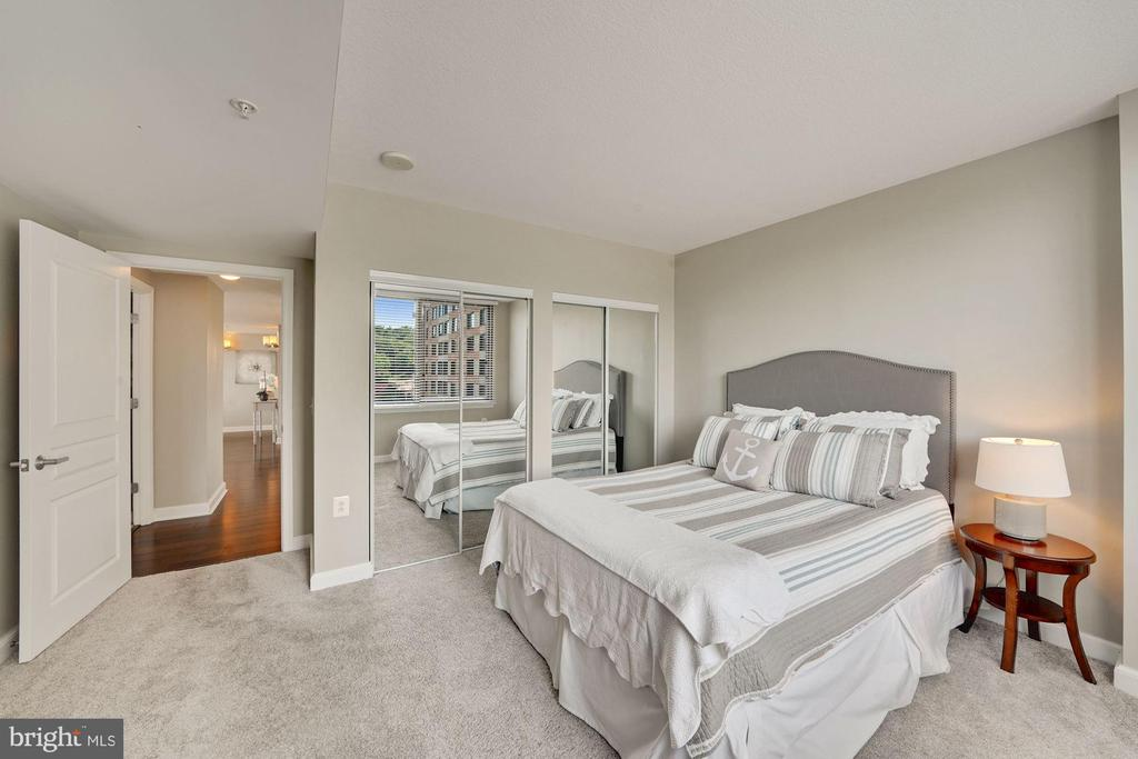 Photo of 2451 Midtown Ave #928