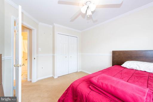 14007 Betsy Ross Ln Centreville VA 20121