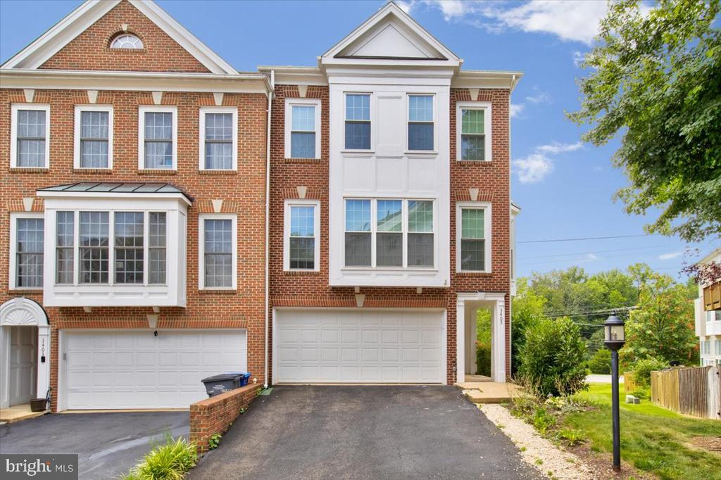 Photo of 3405 Governors Crest Ct