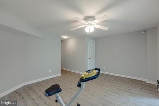 14736 Green Park Way Centreville VA 20120