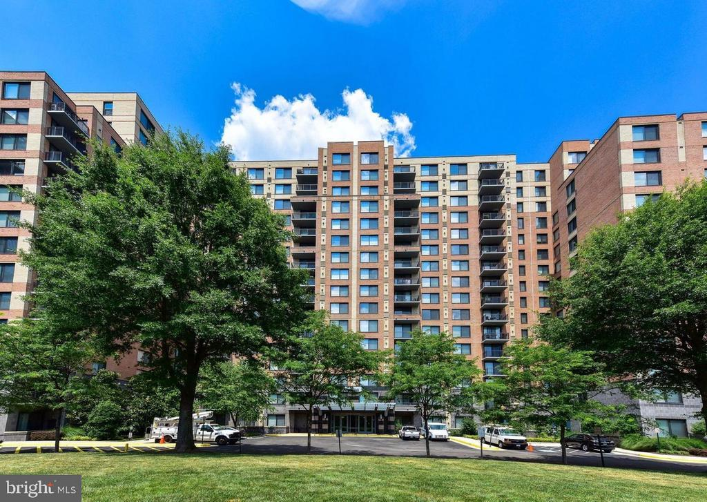 Photo of 2451 Midtown Ave #1315