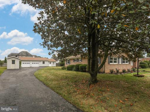 202 Stanley Dr, Winchester 22602