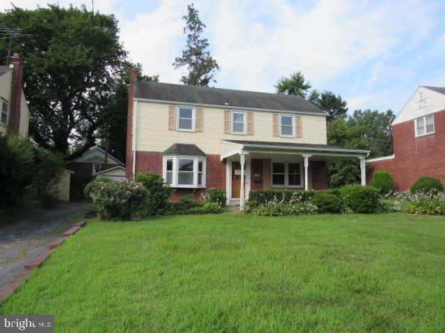 526 Twin Oaks Drive Havertown, PA 19083