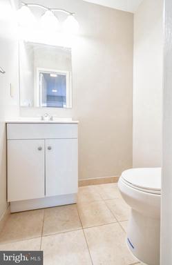 2218 White Cornus Ln Reston VA 20191