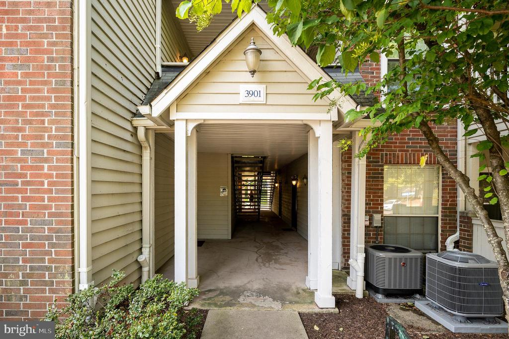 Photo of 3901 Penderview Dr #1501