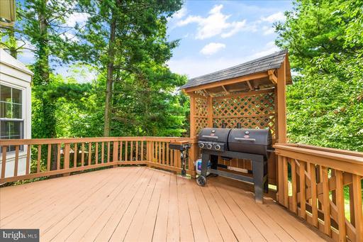 5610 Wood Thrush Ct Fairfax VA 22032
