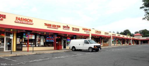 6763 Wilson Blvd Falls Church VA 22044
