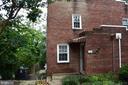 1603 N Colonial Ter