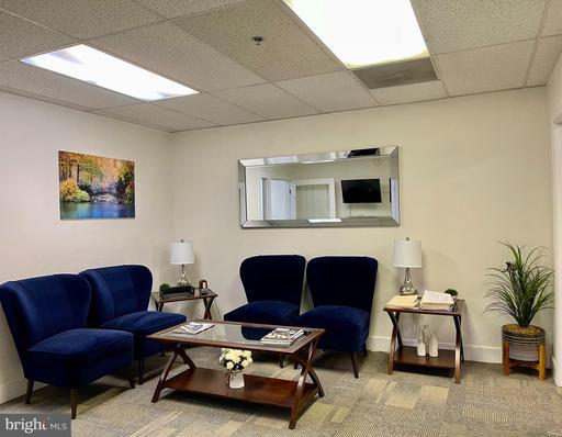 3875 Plaza Dr #a & B Fairfax VA 22030