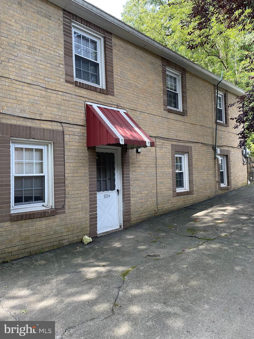 625 Lakeside Avenue Havertown, PA 19083