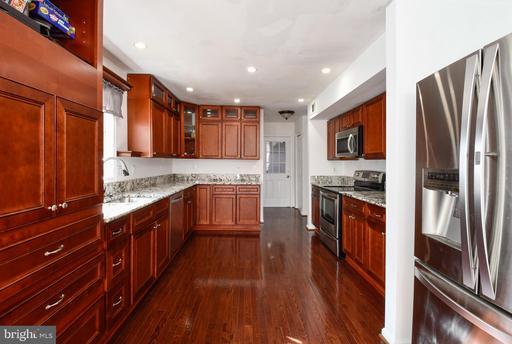 5751 Walcott Ave Fairfax VA 22030
