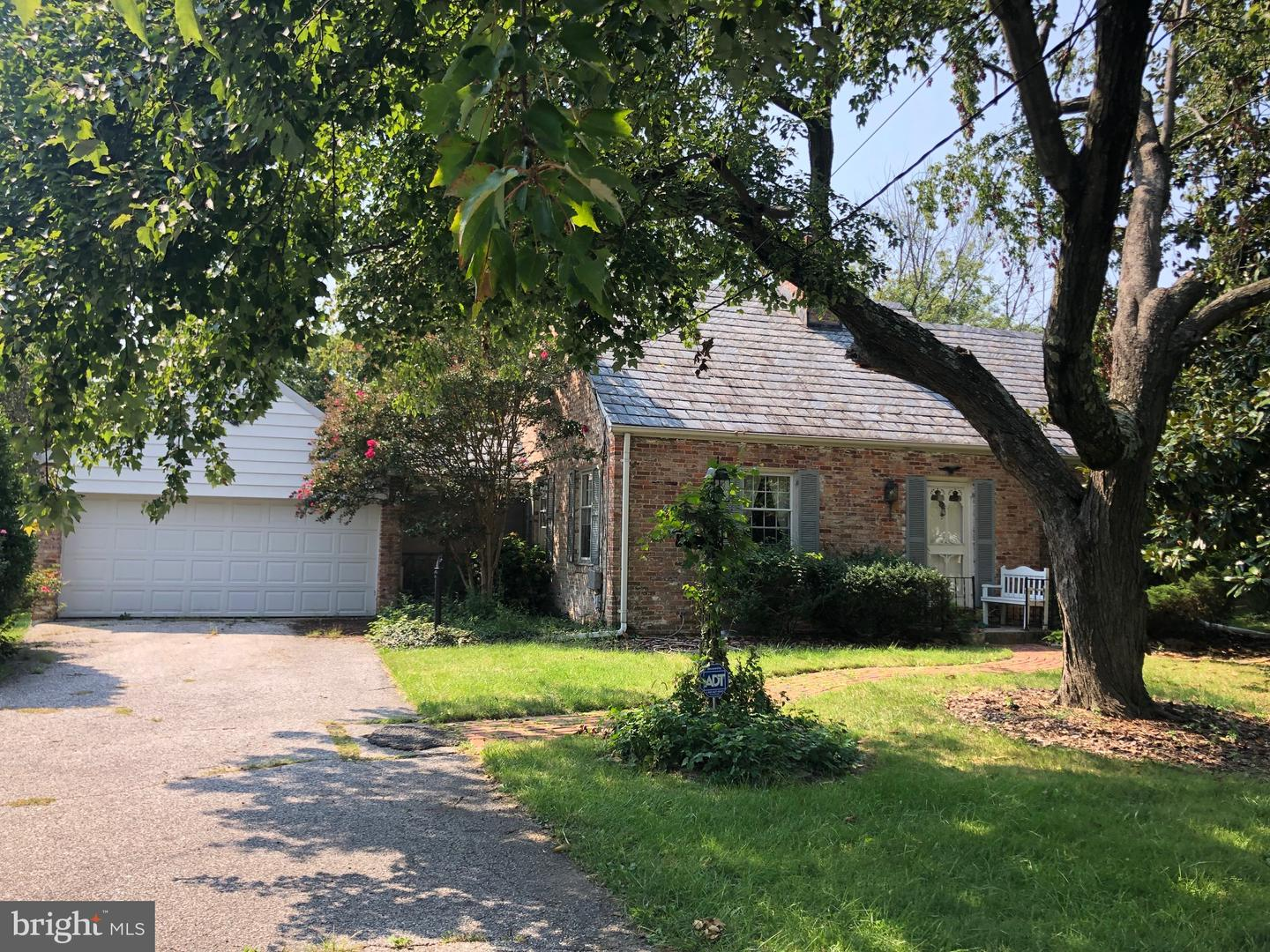 1506 Rolling Road   - Baltimore, Maryland 21228