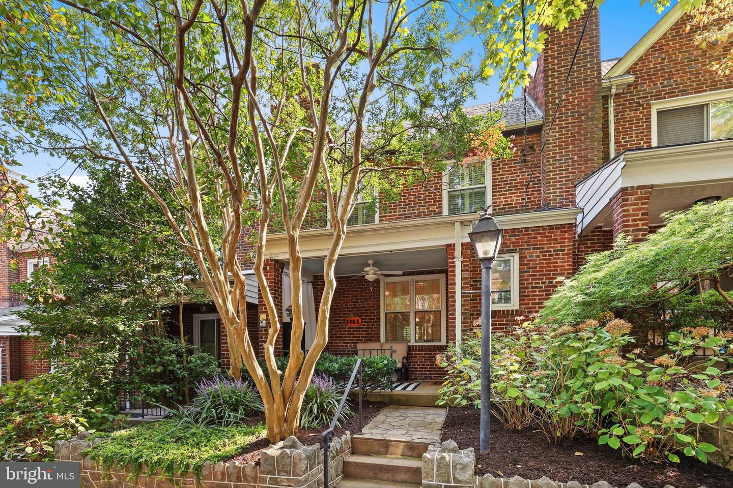 3714 Manor Place NW  - Washington, District Of Columbia 20007