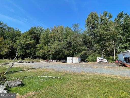1967 Mountain View Rd #(storage Shed Only) Stafford VA 22556