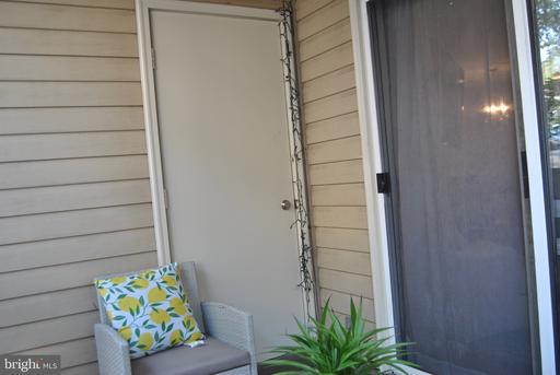 240 S Reynolds St #101 Alexandria VA 22304