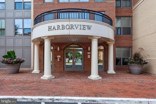 485 Harbor Side St #100