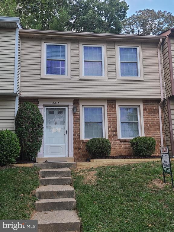 5516 Inverness Woods Ct