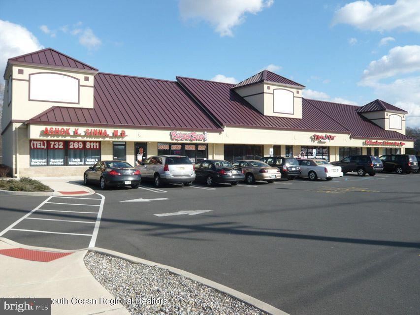 285 Route Bayville, NJ 08721