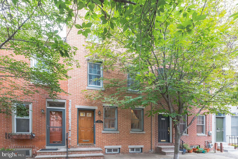 2127 Saint Albans Street Philadelphia, PA 19146