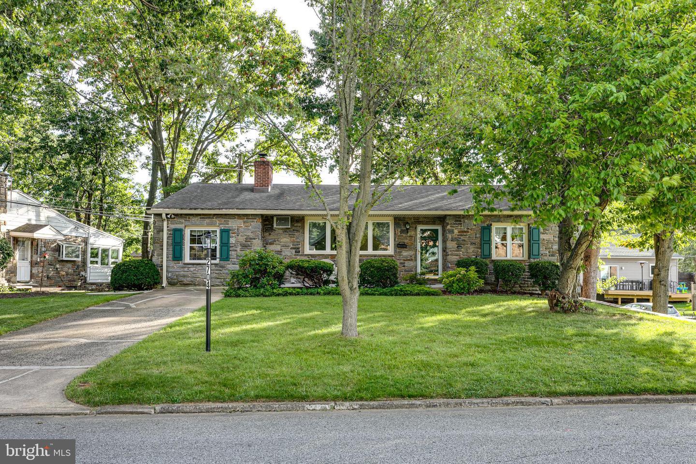 2704 Sunnybrook Lane Ardmore, PA 19003
