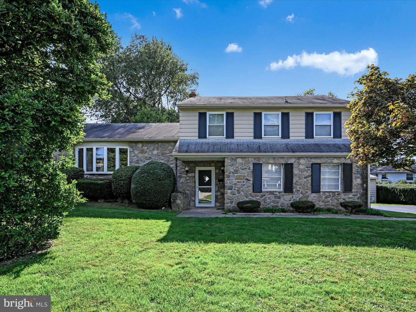 412 Hill Road Havertown, PA 19083