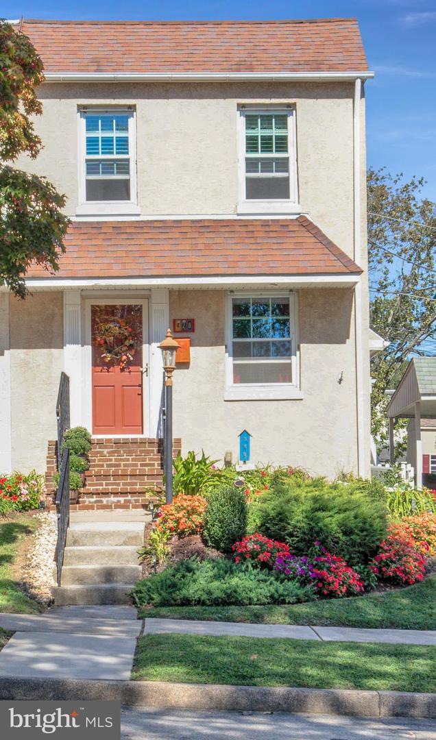 428 E 11th Ave                                                                               Conshohocken                                                                      , PA - $515,000