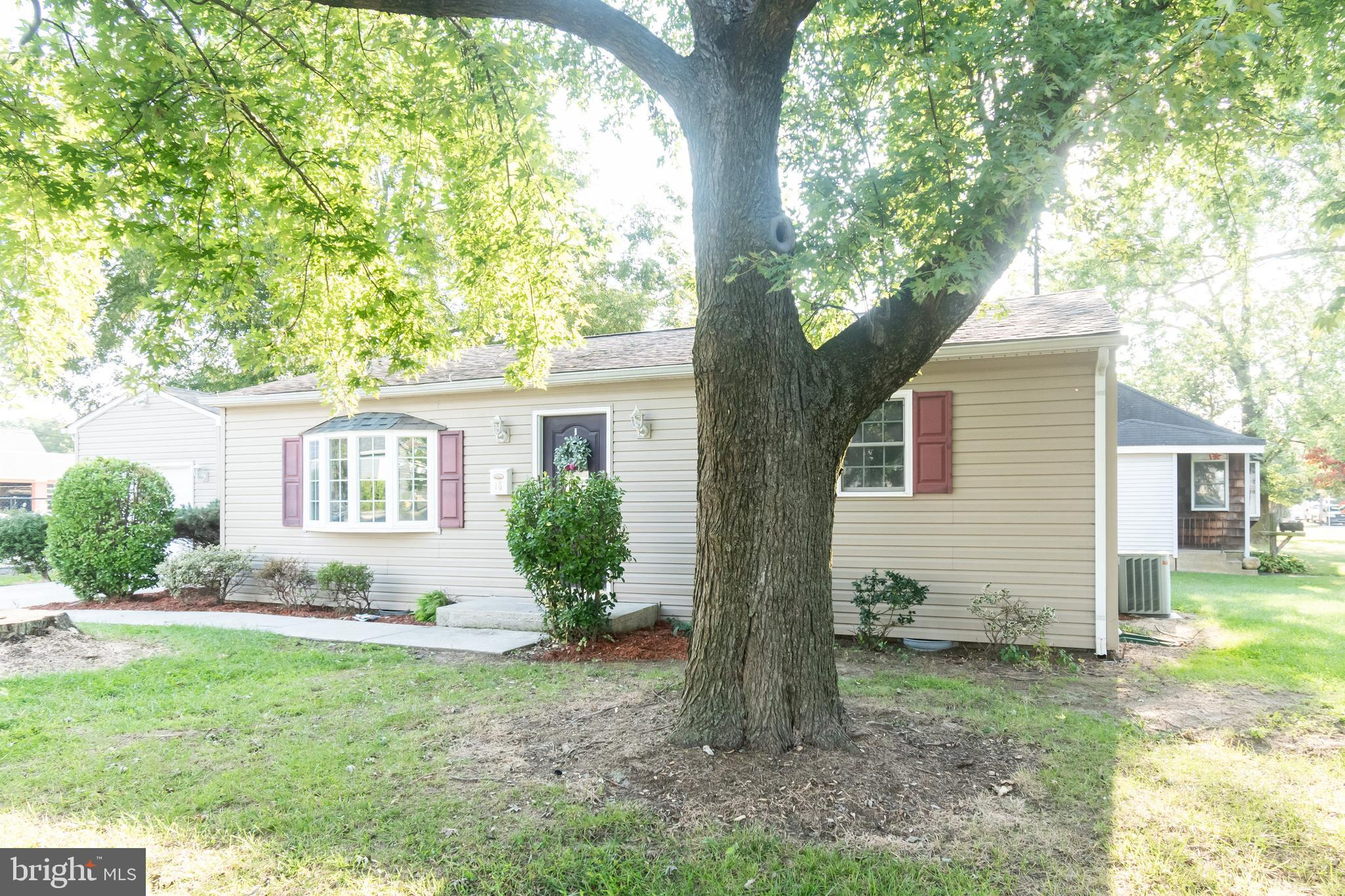 Come check out this great 3 bed 1.5 bath ranch home in Camden!  All new floors, new paint, kitchen appliances, granite countertops, new landscaping, new cabinets, attached one car garage, large yard, shade trees, and more in Caesar Rodney school district. Make your appt today!