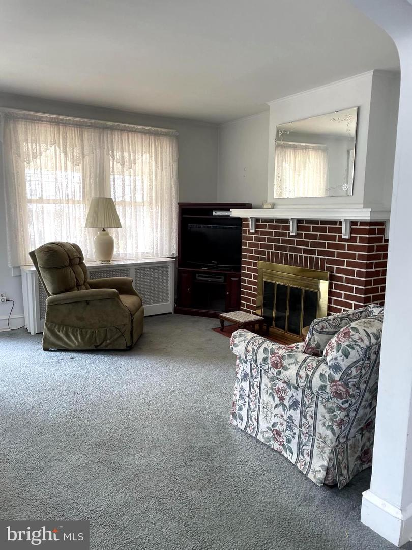217 E Leamy Avenue Springfield , PA 19064