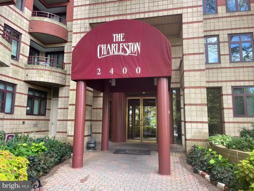 2400 Clarendon Blvd #413