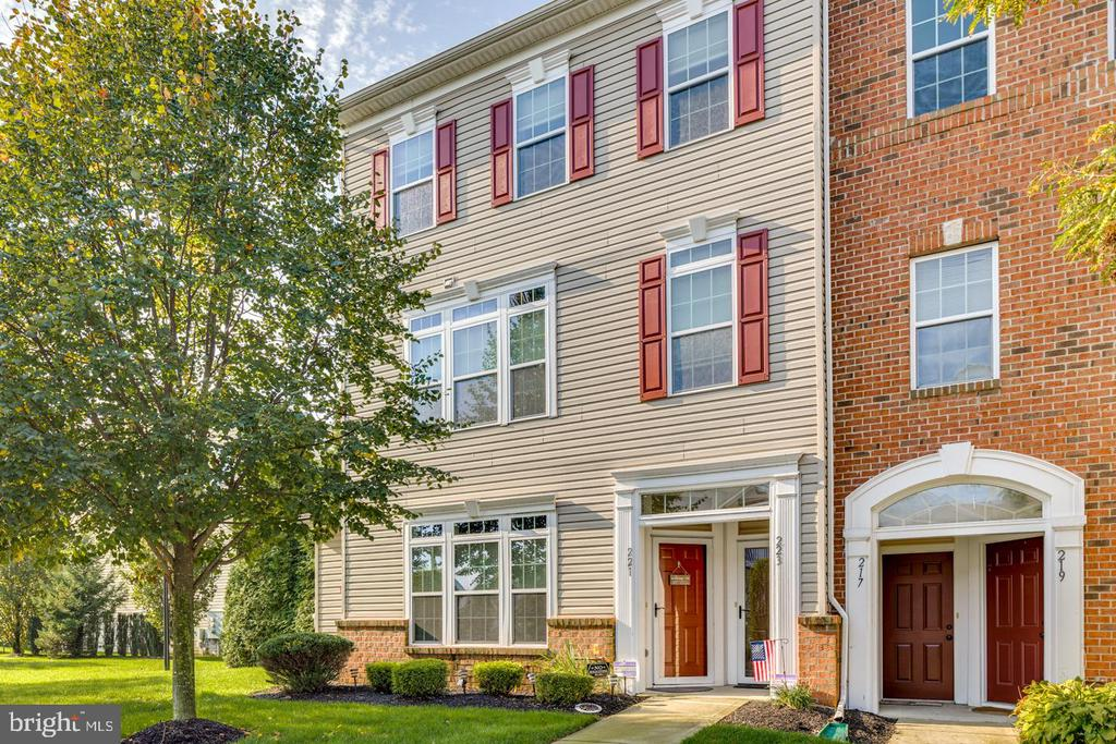Beautiful end unit condo is available now in a great section of Cinnaminson Harbour.  This home is meticulously maintained, has many upgrades, and is ready for new owners.   Traditional, stately curb appeal welcomes you.  Enter through the front door or the garage.  Once on the second level, you are greeted by a beautiful spacious living and dining area that is open to the updated kitchen.   Crown molding, a ceiling fan and a  lot of recessed lighting are details to appreciate.  The kitchen features a high-end Frigidaire professional gas cooktop range and stainless steel refrigerator.   A new backsplash, beautiful functional Corian countertops, and plenty of cabinetry make the kitchen beautiful and functional.  The Samsung washer and dryer are included.  They both have large capacities and look new.  The primary bedroom is a dream.  It features a huge walk-in closet, a ceiling fan, and a lovely balcony for enjoying the pretty views of the neighborhood.   The primary bath is beautiful.   It features a large walk-in shower and a new vanity with double sinks and gorgeous granite.   the garage has new upgraded flooring and organization and is so nice to have with this beautiful condo.  The entire home is painted with soft neutral colors and is move in ready.     This home is a very short walk to the Harbour clubhouse.  Enjoy easy living today. Cinnaminson Harbour is next to the River Line, an easy commute to all of South Jersey, Philadelphia, and other PA areas too.