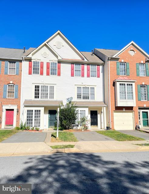45436 Oak Trail Square   - Sterling, Virginia 20164
