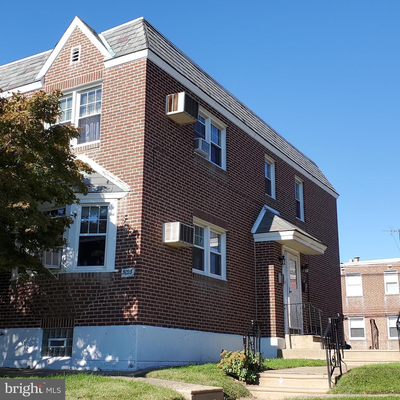 3023 Saint Vincent Street Philadelphia, PA 19149