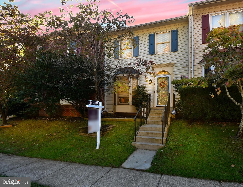 6025 Rockton Court   - Centreville, Virginia 20121