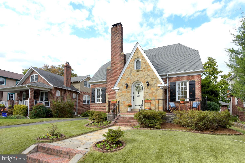 109 W Masonic View Avenue, Alexandria, VA 22301