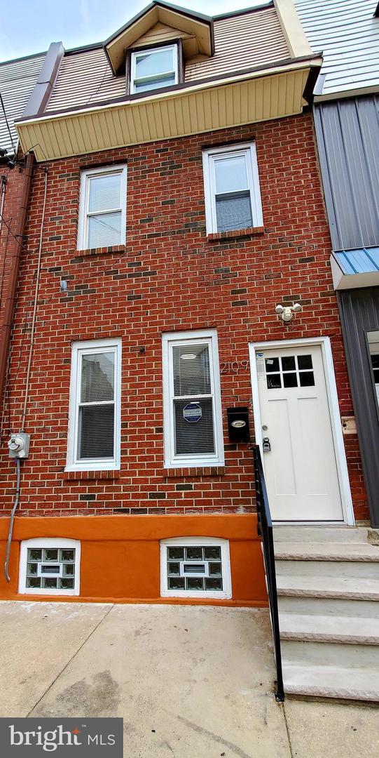 2109 N Franklin Street Philadelphia, PA 19122